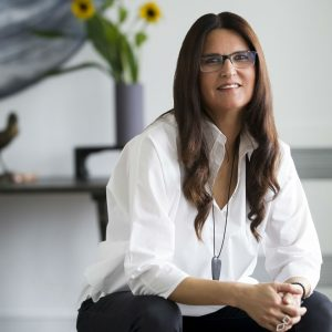 """Leyla Taranto: """"Ahşap hurdalarla 'değer' kavramını yeniden keşfediyorum"""""""